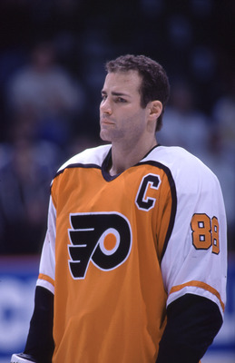 29 Dec 1998:  Eric Lindros #88  of the Philadelphia Flyers looks on during a game against the Calgary Flames at Canadian Airlines Arena in Calgary, Alberta, Canada. The Flyers won the game 4-3 in overtime. Mandatory Credit: Ian Tomlinson/ALLSPORT