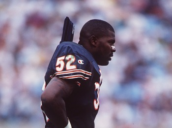 11 Aug 1996:  Linebacker Bryan Cox of the Chicago Bears walks off the field during the Bears 24-21 win over the Miami Dolphins at Soldier Field in Chicago, Illinois. Mandatory Credit: Jonathan Daniel/ALLSPORT