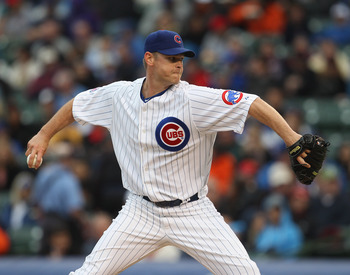 CHICAGO, IL - MAY 13: Kerry Wood #34 of the Chicago Cubs pitches against the San Francisco Giants at Wrigley Field on May 13, 2011 in Chicago, Illinois. The Cubs defeated the Giants 11-4. (Photo by Jonathan Daniel/Getty Images)