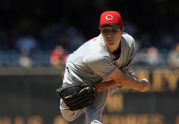 SAN DIEGO, CA - SEPTEMBER 26:  Starting Pitcher Homer Bailey #34 of Cincinnati Reds throws from the mound against the San Diego Padres during their MLB game on September 26, 2010 at PETCO Park in San Diego, California. (Photo by Donald Miralle/Getty Image