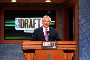 NEWARK, NJ - JUNE 23:  NBA Commissioner David Stern speaks at the podium during the 2011 NBA Draft at the Prudential Center on June 23, 2011 in Newark, New Jersey.  NOTE TO USER: User expressly acknowledges and agrees that, by downloading and/or using thi