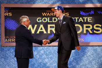 NEWARK, NJ - JUNE 23:  Klay Thompson from Washington State greets NBA Commissioner David Stern after he was selected #11 overall by the Golden State Warriors in the first round during the 2011 NBA Draft at the Prudential Center on June 23, 2011 in Newark,