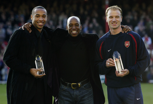 LONDON - JANUARY 25:  Thierry Henry and Dennis Bergkamp of Arsenal with ex-Arsenal player Ian Wright before the FA Cup, fourth round match between Farnborough Town and Arsenal held on January 25, 2003 at Highbury in London, England.  Arsenal won the match