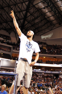 DALLAS, TX - JUNE 16: Center Tyson Chandler of the Dallas Mavericks during the Dallas Mavericks Victory celebration on June 16, 2011 in Dallas, Texas. (Photo by Brandon Wade/Getty Images)