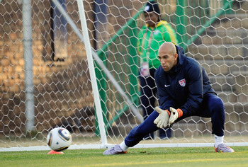 PRETORIA, SOUTH AFRICA - JUNE 22: Goalkeeper Tim Howard of US national football team trains at Eersterust Stadium on June 22, 2010 in Eersterust east of Pretoria, South Africa. US will play their next World Cup Group C match against Algeria at Loftus Vers