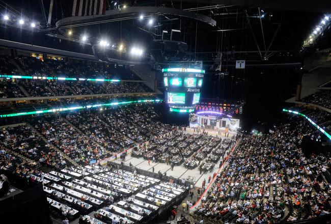 ST PAUL, MN - JUNE 24:  A general view of the draft floor during day one of the 2011 NHL Entry Draft at Xcel Energy Center on June 24, 2011 in St Paul, Minnesota.  (Photo by Hannah Foslien/Getty Images)