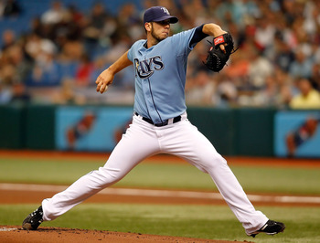ST PETERSBURG, FL - APRIL 11:  Pitcher James Shields #33 of the Tampa Bay Rays pitches against the New York Yankees during the game at Tropicana Field on April 11, 2010 in St. Petersburg, Florida.  (Photo by J. Meric/Getty Images)