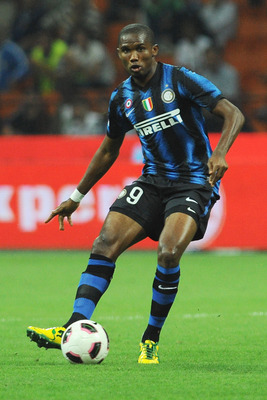 MILAN, ITALY - SEPTEMBER 22:  Samuel Eto'o of FC Internazionale Milano in action during the Serie A match between FC Internazionale Milano and AS Bari at Stadio Giuseppe Meazza on September 22, 2010 in Milan, Italy.  (Photo by Valerio Pennicino/Getty Imag