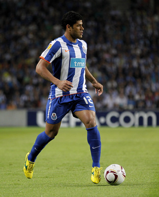PORTO, PORTUGAL - APRIL 28:  Givalnildo Vieira 'Hulk' of FC Porto in action during the UEFA Europa League semi final first leg match between FC Porto and Villarreal at Estadio do Dragao on April 28, 2011 in Porto, Portugal.  (Photo by Angel Martinez/Getty
