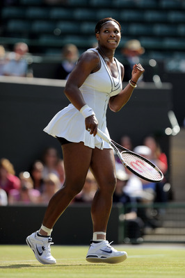 Serena Williams defeated Maria Kirilenko in the 3rd Round of Wimbledon 2011.