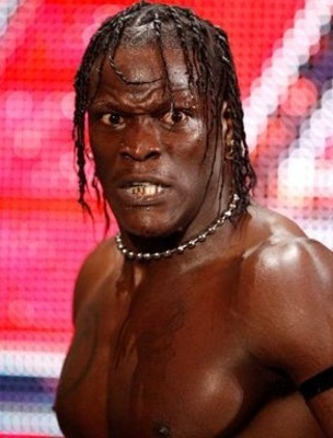 R-truth-heel-turn_display_image