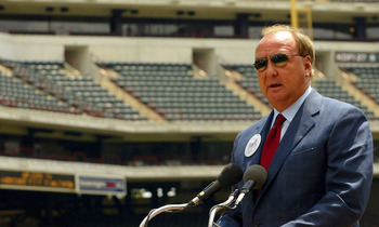ARLINGTON, TX - MAY 7:  Tom Hicks, owner of the Texas Rangers, speaks during a press conference for the newly named Ameriquest Field in Arlington on May 7, 2004 in Arlington, Texas.  The Texas Rangers and Ameriquest Mortgage Company announced a 30-year ag