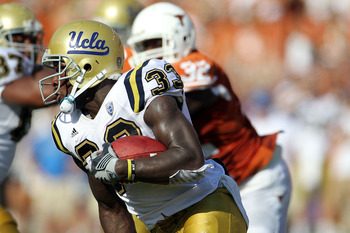 AUSTIN, TX - SEPTEMBER 25:  Running back Derrick Coleman #33 of the UCLA Bruins runs the ball against the Texas Longhorns at Darrell K Royal-Texas Memorial Stadium on September 25, 2010 in Austin, Texas.  (Photo by Ronald Martinez/Getty Images)