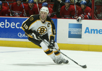 MONTREAL - APRIL 11:  Joe Thornton #19 of the Boston Bruins looks to make a play from the left wing during game three of the 2004 NHL Eastern Conference Quarterfinals against the Montreal Canadiens at Bell Centre on April 11 , 2004  in Montreal, Canada. (
