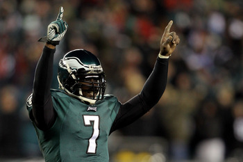 PHILADELPHIA, PA - JANUARY 09:  Michael Vick #7 of the Philadelphia Eagles reacts after a touchdown in the thrid quarter against the Green Bay Packers during the 2011 NFC wild card playoff game at Lincoln Financial Field on January 9, 2011 in Philadelphia