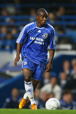 LONDON - APRIL 03:  Gael Kakuta of Chelsea in action during the FA Youth Cup final first leg match between Chelsea and Manchester City at Stamford Bridge on April 3, 2008 in London, England.  (Photo by Julian Finney/Getty Images)