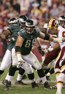 LANDOVER, MD - NOVEMBER 6: Jon Runyan #69 of the Philadelphia Eagles looks to block during the game against the Washington Redskins on November 6, 2005 at Fed Ex Field in Landover, Maryland.The Redskins defeated the Eagles 17-10.(Photo by Jim McIsaac/Gett