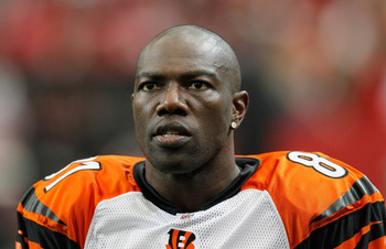 ATLANTA - OCTOBER 24:  Terrell Owens #81 of the Cincinnati Bengals against the Atlanta Falcons at Georgia Dome on October 24, 2010 in Atlanta, Georgia.  (Photo by Kevin C. Cox/Getty Images)