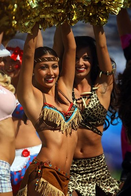 Hotcheerleadersiplcricket_display_image
