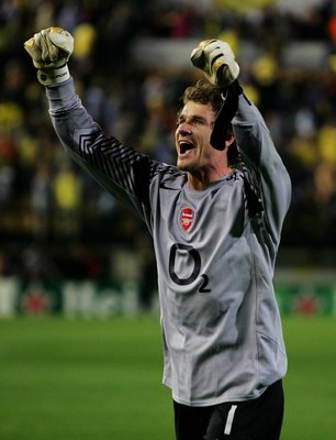 VILLARREAL, SPAIN - APRIL 25:  Jens Lehmann of Arsenal celebrates after the final whistle during the Champions League Semi Final Second Leg match between Villarreal and Arsenal at the El Madrigal on April 25, 2006 in Villarreal, Spain. Arsenal won the tie