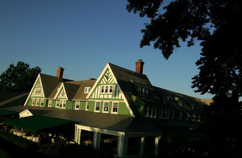 OAKMONT, PA - JUNE 11:  The Oakmont clubhouse as seen prior to the start of 107th U.S. Open Championship at Oakmont Country Club on June 11, 2007 in Oakmont, Pennsylvania.  (Photo by Scott Halleran/Getty Images)