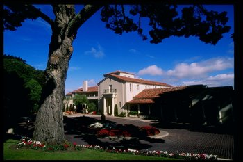 28 Oct 1997:  General view of the clubhouse at the Olympic Club, home of the 1998 US Open Site in San Francisco, California. Mandatory Credit: Jamie Squire  /Allsport
