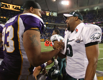 MINNEAPOLIS - JANUARY 04:   Kevin Williams #93 of the Minnesota Vikings congratulates Donovan McNabb #5 of the Philadelphia Eagles after the NFC Wild Card playoff game on January 4, 2009 at the Hubert H. Humphrey Metrodome in Minneapolis, Minnesota. The E