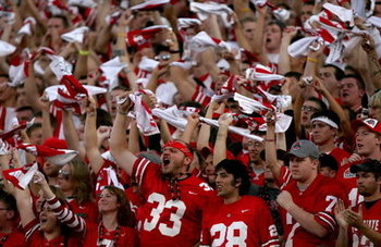 Ohio-state-fansjpg-d4786a8bdf2abb40_large_display_image