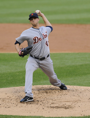 CHICAGO, IL - JUNE 03: Andrew Oliver #43 Detroit Tigers pitches against the Chicago White Sox on June 3, 2011 at U.S. Cellular Field in Chicago, Illinois.  (Photo by David Banks/Getty Images)