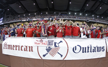 DETROIT, MI - JUNE 7: Fans of the United States soccer team show their support prior to playing Canada during the 2011 Gold Cup  at Ford Field on June 7, 2011 in Detroit, Michigan. The United States won the game 2-0. (Photo by Gregory Shamus/Getty Images)