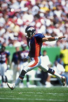 27 Sep 1998:  Kicker Jason Elam #1 of the Denver Broncos in action during the game against the Washington Redskins at the Jack Kent Cooke Stadium in Landover, Maryland. The Broncos defeated the Redskins 38-16. Mandatory Credit: Allsport  /Allsport