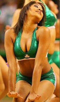 5092xcitefun-uefa-cheerleaders-9_display_image