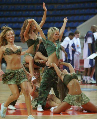5103xcitefun-uefa-cheerleaders-20_original_display_image