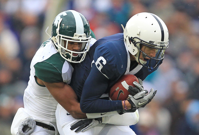 STATE COLLEGE, PA - NOVEMBER 27: Wide receiver Derek Moye #6 of the Penn State Nittany Lions catches a pass during a game against the Michigan State Spartans on November 27, 2010 at Beaver Stadium in State College, Pennsylvania. The Spartans won 28-22. (P