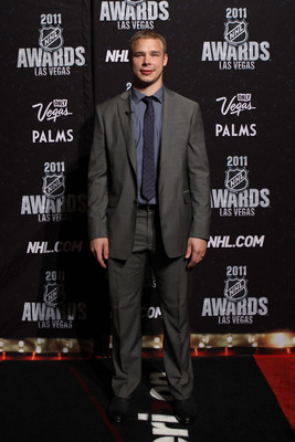 LAS VEGAS, NV - JUNE 22:  Dustin Brown of the Los Angeles Kings arrives at the 2011 NHL Awards at the Palms Casino Resort June 22, 2011 in Las Vegas, Nevada.  (Photo by Bruce Bennett/Getty Images)