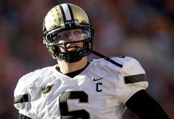 KNOXVILLE, TN - NOVEMBER 19:  Quarterback Jack Cutler #6 lead the Vanderbilt Commodores against the Tennessee Volunteers as the Commodores defeated the Volunteers 28-24 on November 19, 2005 at Neyland Stadium in Knoxville, Tennessee.  (Photo by Doug Pensi