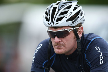 INVERCARGILL, NEW ZEALAND - NOVEMBER 04:  Floyd Landis of USA prepares for Stage Six of the Tour of Southland on November 4, 2010 in Invercargill, New Zealand.  (Photo by Teaukura Moetaua/Getty Images)