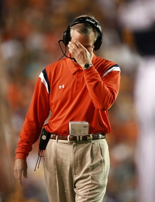 BATON ROUGE, LA - OCTOBER 20:  Head coach Tommy Tubberville of the Auburn Tigers hangs his head while taking on the LSU Tigers at Tiger Stadium on October 20, 2007 in Baton Rouge, Louisiana. LSU defeated Auburn 30-24.  (Photo by Doug Benc/Getty Images)