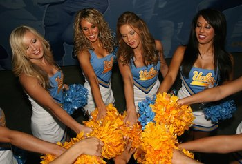 PASADENA, CA - SEPTEMBER 20: Tthe UCLA Bruins cheerleaders perform before the college football game against the Arizona Wildcats at the Rose Bowl on September 13, 2008 in Pasadena, California. The Wildcats defeated the Bruins 31-10.  (Photo by Christian P