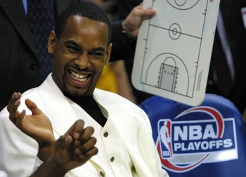 12 May 2001:  Derek Anderson of the San Antonio Spurs smiles while sitting on the bench before Game 4 of the second round of the NBA playoffs against the Dallas Mavericks at Reunion Arena in Dallas, Texas. Anderson seperated his shoulder after colliding w
