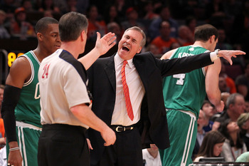 Mike D'Antoni can palm an invisible ball.