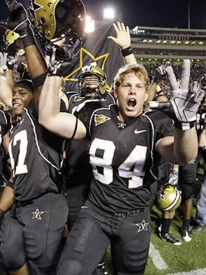 Vanderbiltfootball-1_display_image