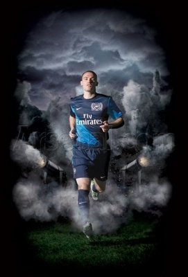 Gun__1309184717_125awayshirt22_display_image