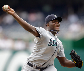 WASHINGTON, DC - JUNE 23:  Starting pitcher Michael Pineda #36 of the Seattle Mariners pitches against the Washington Nationals during the third inning at Nationals Park on June 23, 2011 in Washington, DC.  (Photo by Rob Carr/Getty Images)