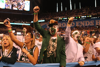 INDIANAPOLIS - APRIL 03:  Fans of the Michigan State Spartans support their team against the Butler Bulldogs during the National Semifinal game of the 2010 NCAA Division I Men's Basketball Championship on April 3, 2010 in Indianapolis, Indiana.  (Photo by