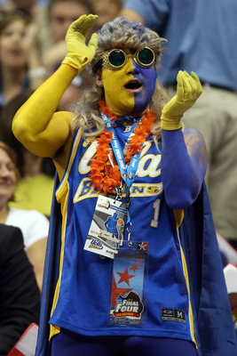 SAN ANTONIO - APRIL 05:  A UCLA Bruins fan cheers before the opening tip-off of the National Semifinal game of the NCAA Men's Final Four against the Memphis Tigers at the Alamodome on April 5, 2008 in San Antonio, Texas.  (Photo by Jed Jacobsohn/Getty Ima