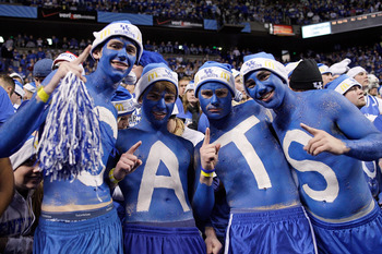 LEXINGTON, KY - DECEMBER 05:  Kentucky Wildcats fans are pictured during the game against the North Carolina Tar Heels on December 5, 2009 at Rupp Arena in Lexington, Kentucky.  (Photo by Andy Lyons/Getty Images)