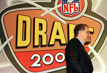 15 Apr 2000:   NFL Commissioner Paul Tagliabue during the first round of the 2000 NFL Draft at the Paramount Theater at Madison Square Garden in New York, New York. Mandatory Credit: M. David Leeds/ALLSPORT