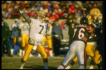 17 Dec 1989:  Quarterback Don Majkowski of the Green Bay Packers passes the ball during a game against the Chicago Bears at Soldier Field in Chicago, Illinois.  The Packers won the game, 40-28. Mandatory Credit: Jonathan Daniel  /Allsport