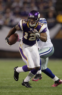 MINNEAPOLIS - OCTOBER 17:  Wide receiver Percy Harvin #12 of the Minnesota Vikings runs after a reception during the second quarter against the Dallas Cowboys at Mall of America Field on October 17, 2010 in Minneapolis, Minnesota. The Vikings defeated the
